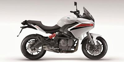 Benelli TNT 600 GT white color