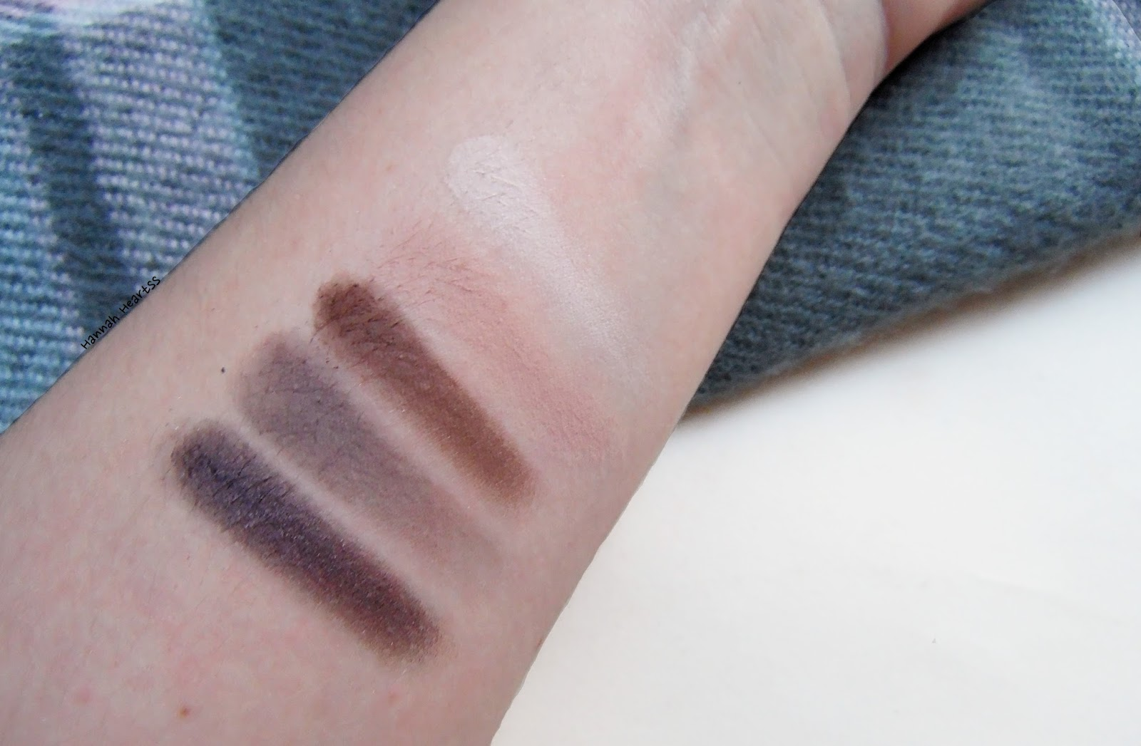 Urban Decay Naked Smoky Palette Swatches