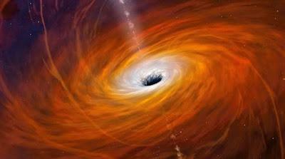 """Megmérték a """"centenáriumi"""" szupernagy fekete lyuk forgási periódusát"""