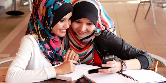 caption-wanita-muslimah