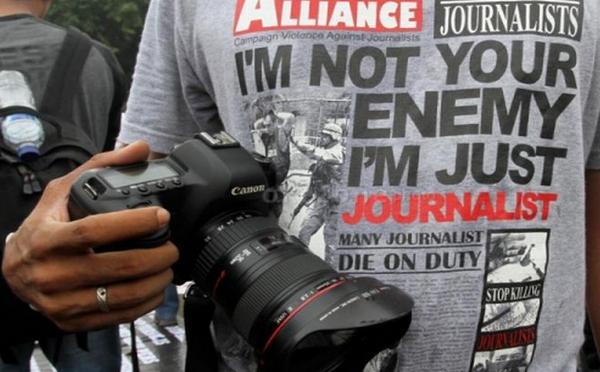 Jurnalistik dapat memperkuat Demokrasi di Indonesia