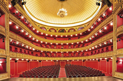 www.fertilmente.com.br - Teatro neoclassico de alto padrao