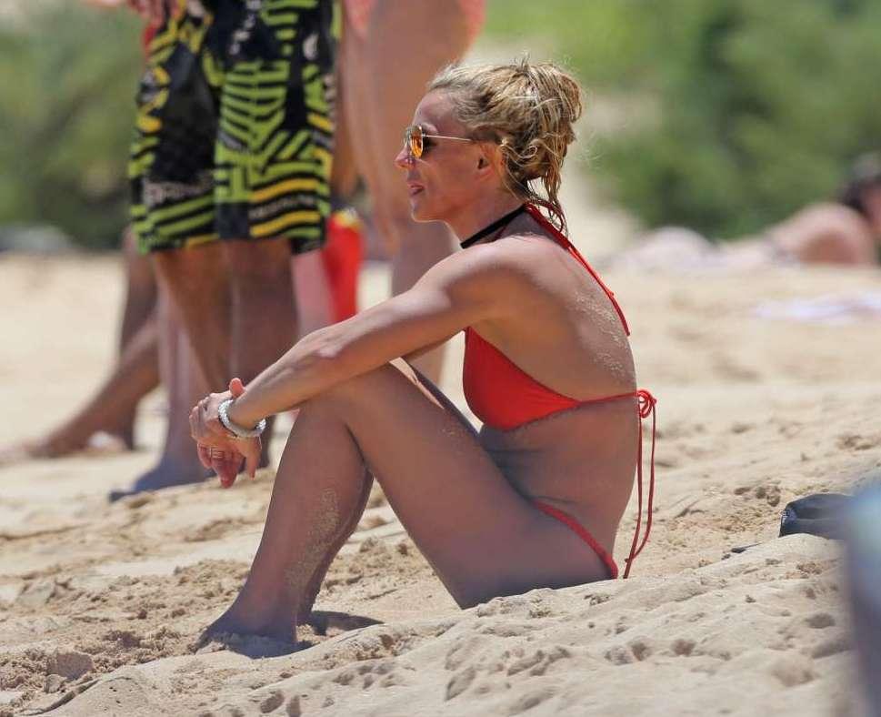 Bikini britney pregnant red spear