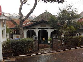 Masjid Al-Muhajirin RW08 Bumi Pasundan komplek Sindanglaya, Pasirimpun Bandung