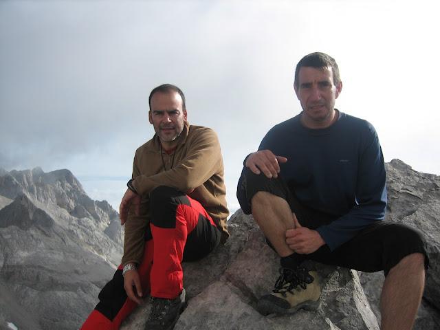 Rutas Montaña Asturias: Cima del pico Tesorero