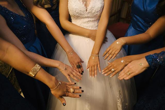 casamento real, casamento real Rafaela e Lucas, dia da noiva, making of, noivas, madrinhas, azul, lembrancinha, pulseira, joia