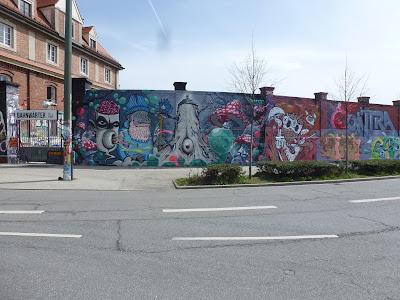 Graffiti an der Tumblingerstraße, Forest Gum, Kürls und Mr. Gum