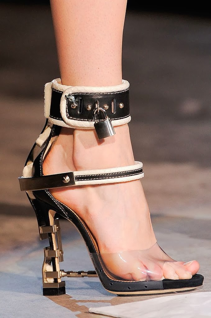 Dsquared Shoes Womens