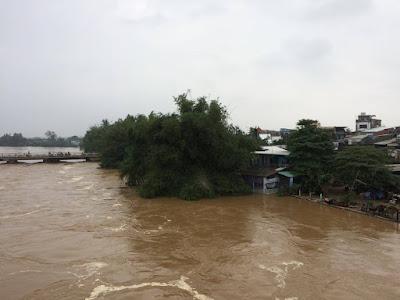TIN LŨ KHẨN CẤP: Lũ ở sông trong tỉnh đều vượt báo động 3