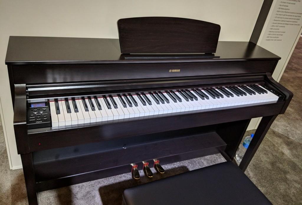 az piano reviews review yamaha ydp184 arius digital piano cfx grand nov 2019. Black Bedroom Furniture Sets. Home Design Ideas