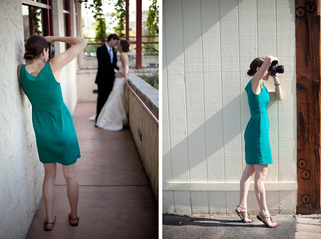 What Should Wedding Photographers Wear