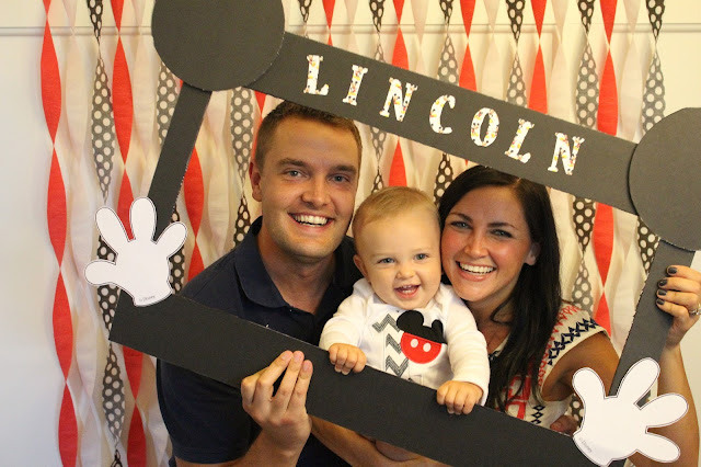 Mickey Mouse Birthday Party, 1st Birthday photo booth
