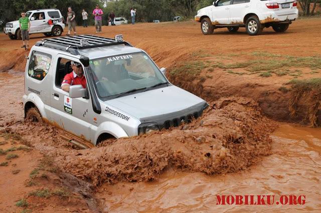 jimny, offroad, tangguh, 4x4, lumpur, penggerak, 4 roda, extrem, rusak, air
