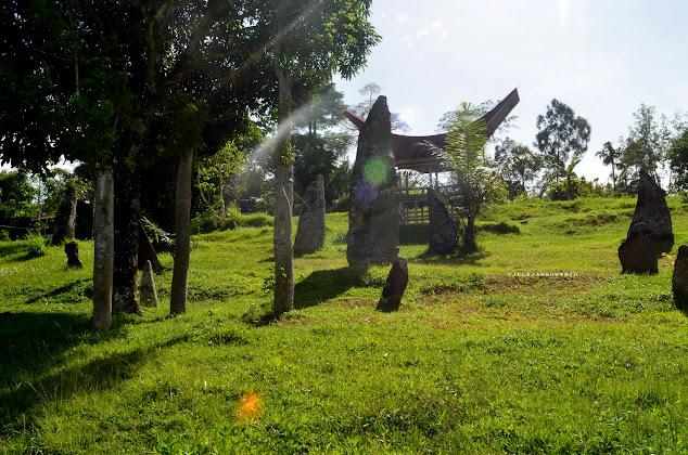 Menhir di Situs Cagar Budaya Rante Karassik Rantepao Toraja Utara || JelajahSuwanto