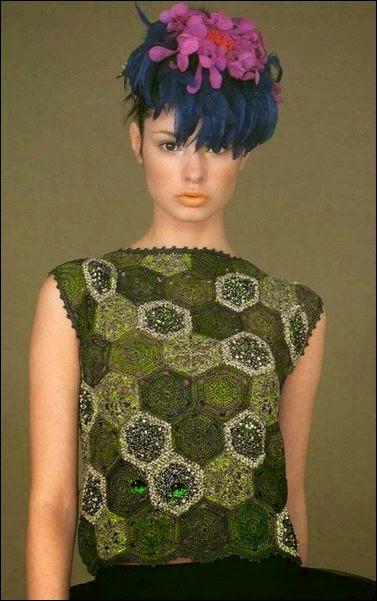 Blusa linda tejida con grannys al crochet