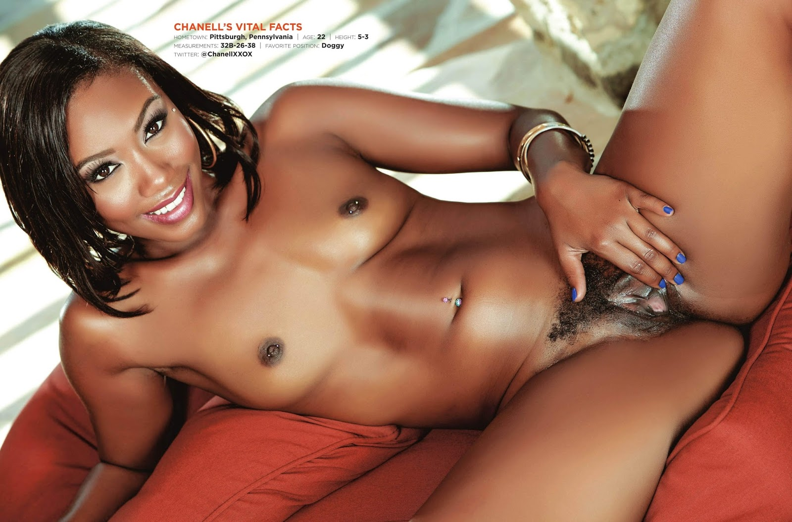 Chanell Heart Chanellxxox Featured In Hustler Magazine -1828