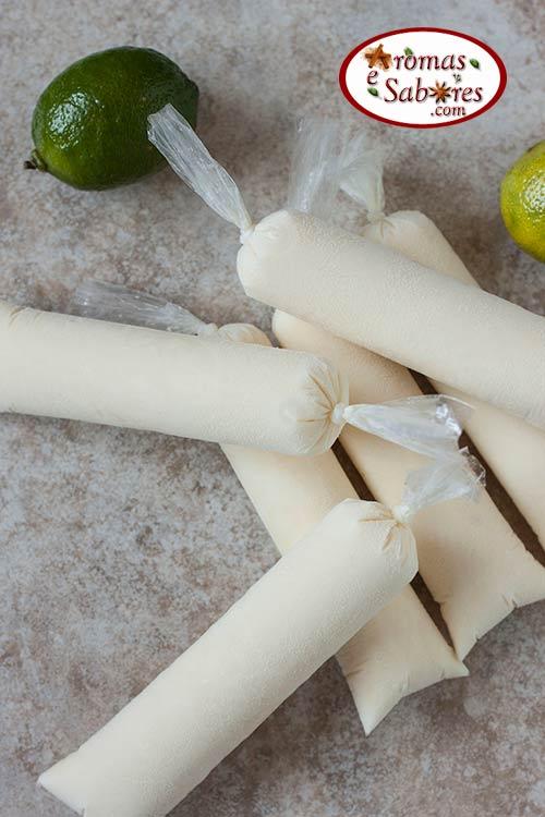 Geladinho cremoso de limão