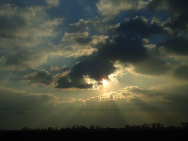 Spektakl chmur między Wrocławiem i Katowicami