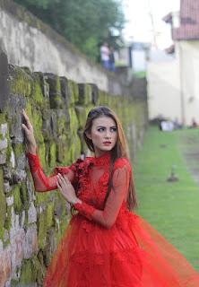Hunting konsep foto model cantik igo Cinta Rarung model iklan pakaian dalam wanita