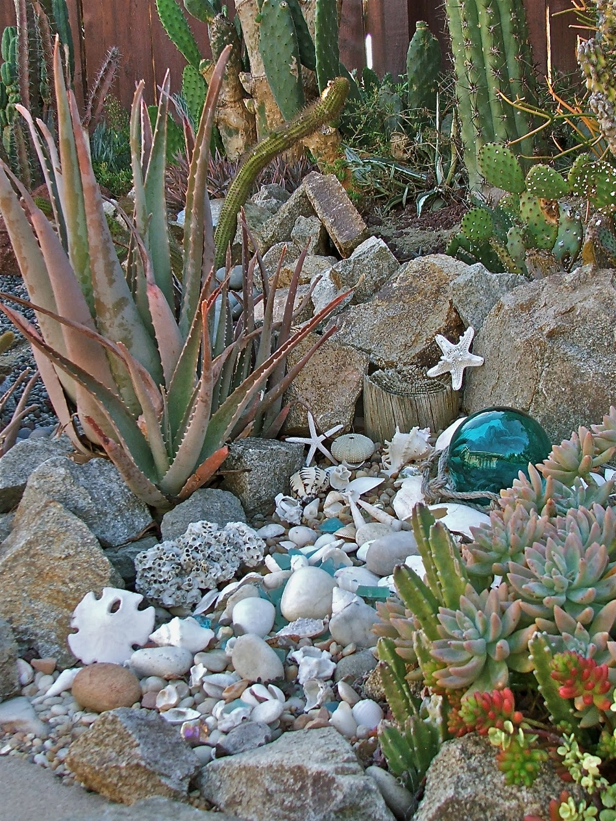 Garden and Bliss: Ocean Theme Landscaping Gallery of Photos
