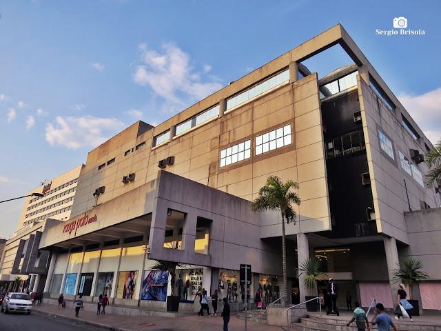 Vista ampla do Mega Polo Moda - Brás - São Paulo