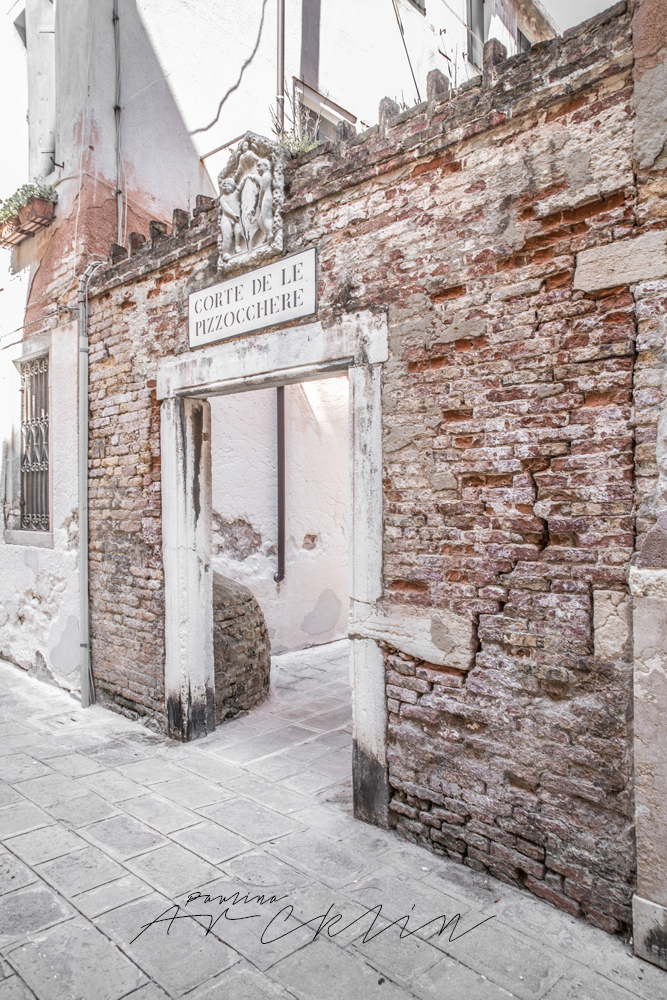 VENICE [ VENEZIA, ITALIA ] - VOL3 - PINK AGAIN