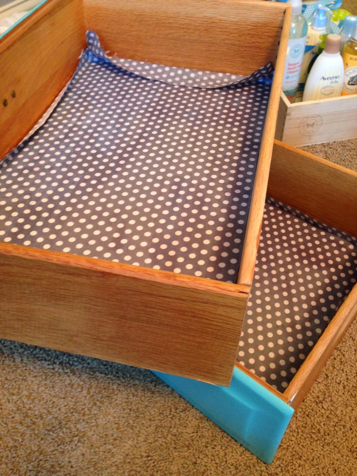 Our Styled Suburban Life: Lining Dresser Drawers
