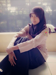 Abg SMA Jilbab Cantik Dari Kudus : Yulia