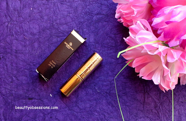 Oriflame Giordani Gold Iconic Lipstick With SPF15 'TRUE RED' - Review & Swatches