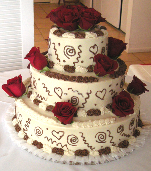 A Lovely 3 Tiered Wedding Cake