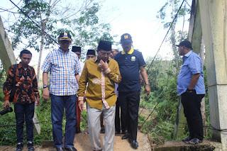 Gubernur Jambi Tinjau Jembatan Didampingi Kadis PUPR Provinsi Jambi.