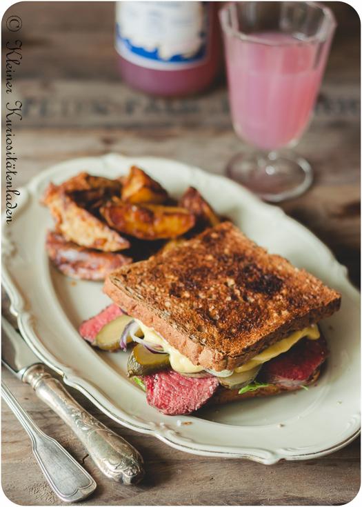 Roastbeef Sandwich mit Meerrettich Mayonnaise