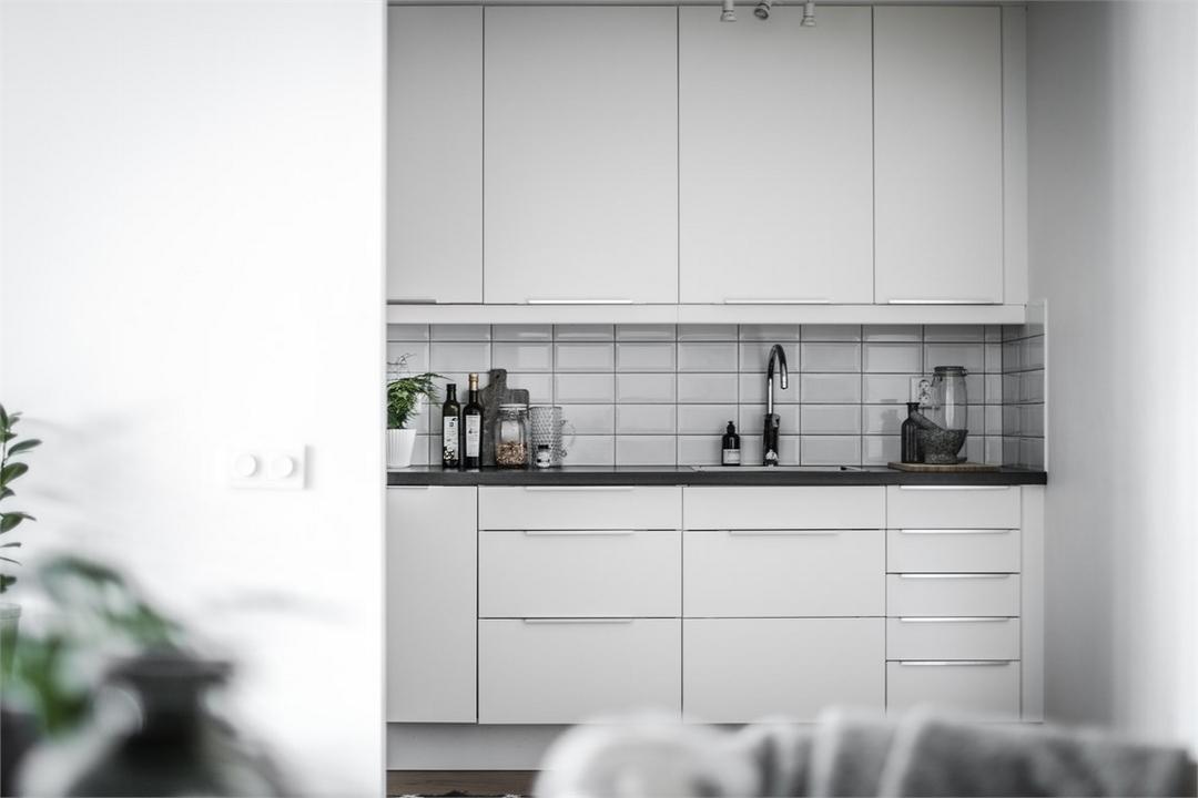 d couvrir l 39 endroit du d cor l 39 art de pr senter l 39 art sans faire de trou. Black Bedroom Furniture Sets. Home Design Ideas