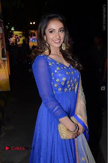 Telugu Actress Tejaswi Madivada Pos in Blue Long Dress at Nanna Nenu Na Boyfriends Audio Launch  0062.JPG