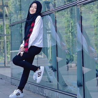 Foto Shirin Al Athrus