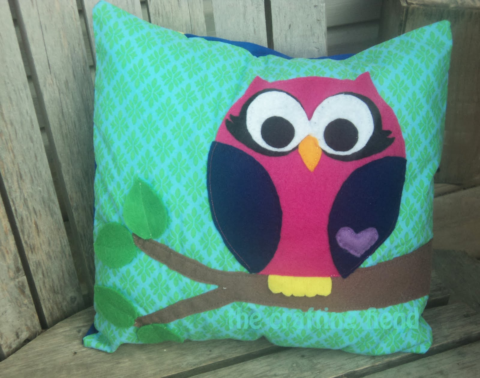 Owl pillow ! (with a tutorial and pattern pieces) - The
