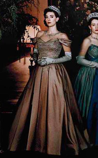 Margaret (Vanessa Kirby) The Crown vestido