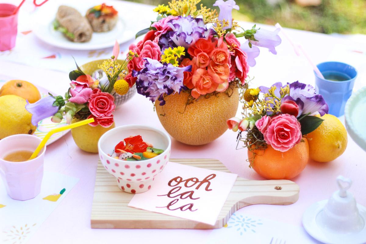 arranjos florais em frutas limão, melão, laranja