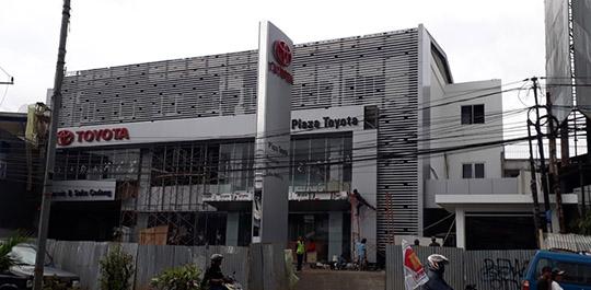 Plaza Toyota Citeureup Bogor 2017