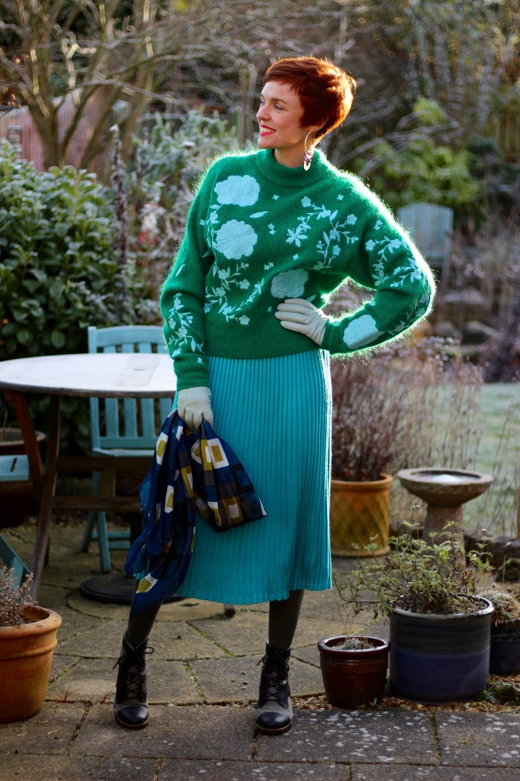H&M embroidered jumper & knitted midi-skirt | Fake Fabulous