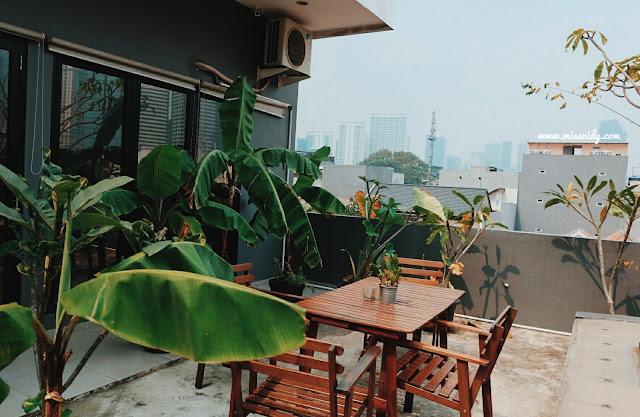 hotel rooftop di jakarta