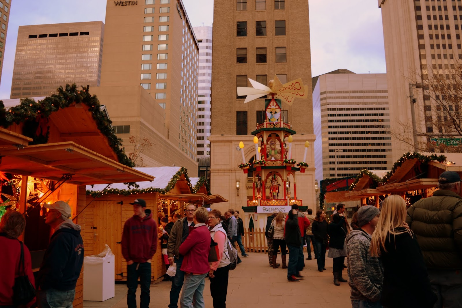 Mille Fiori Favoriti The German Christkindl Market In Denver