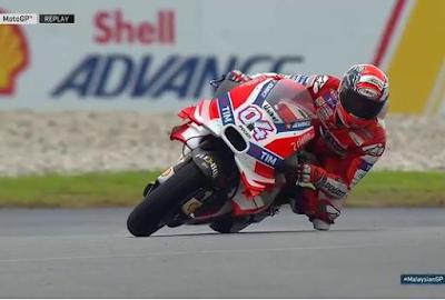 Dovi Menangi GP Malaysia, Rossi Kedua, Marquez Jatuh