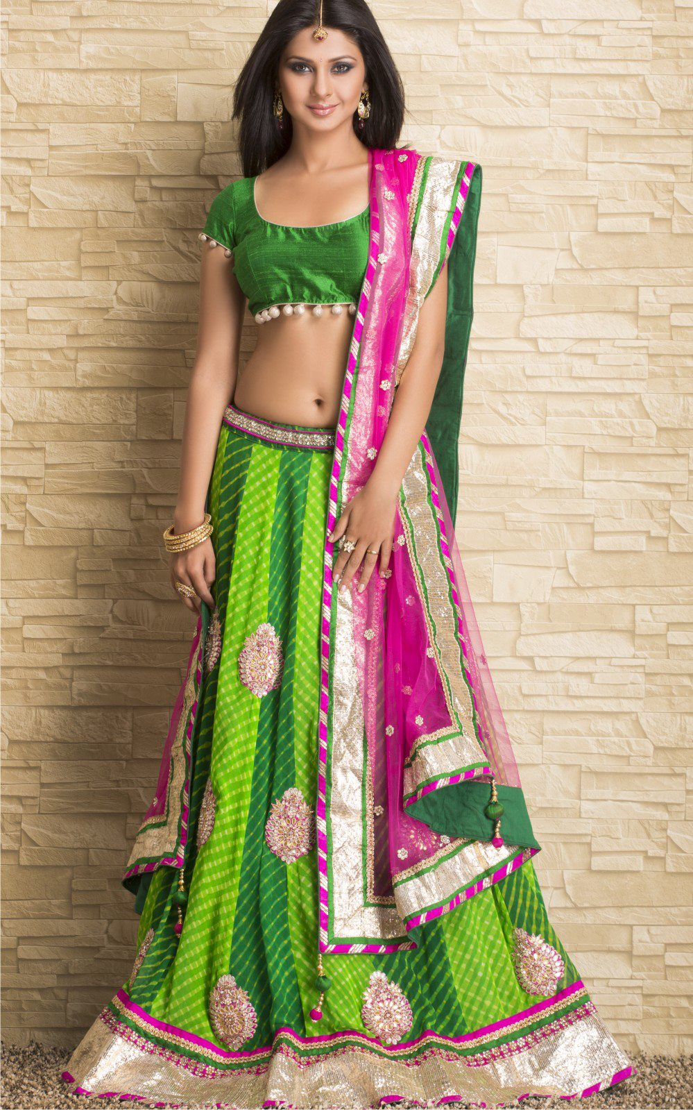 Kumud Saraswatichandra Dresses