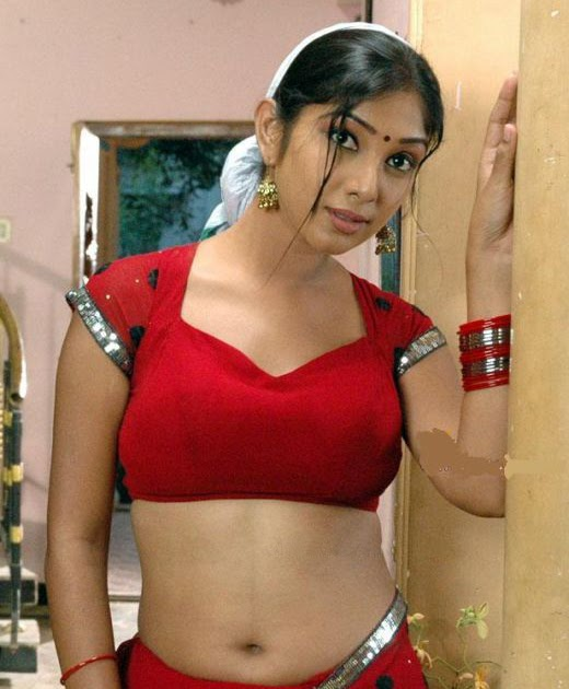 Hot Actress Photos Free HD: Actress Saree Navel