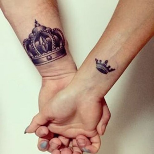 Zarif kraliçe ve ihtişamlı kral sevgili dövmesi