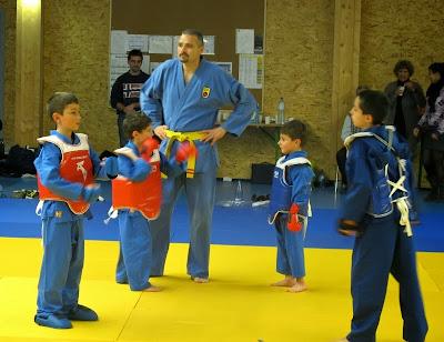 Initiation au combat enfants  vovinam viet vo dao