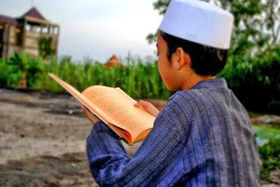 Mengetahui Urgensi ilmu Syari - Agar Semangat Belajar Agama Membara