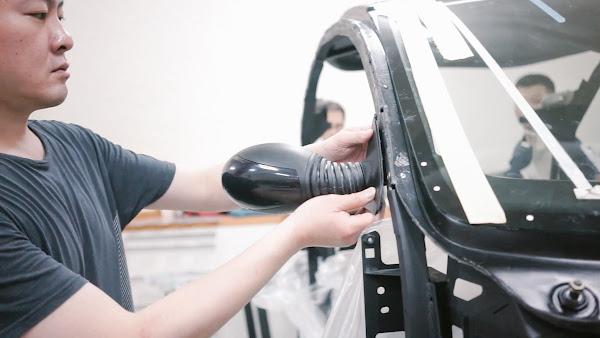 ATOM與台灣新創團隊蓋亞汽車合作零件打樣。照片來源:ATOM。
