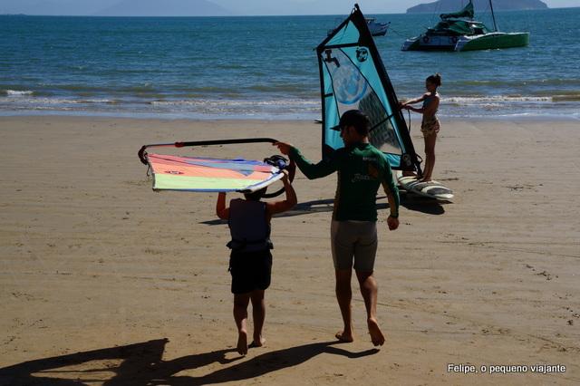 Aula de windsurf no Curso Bimba em Búzios